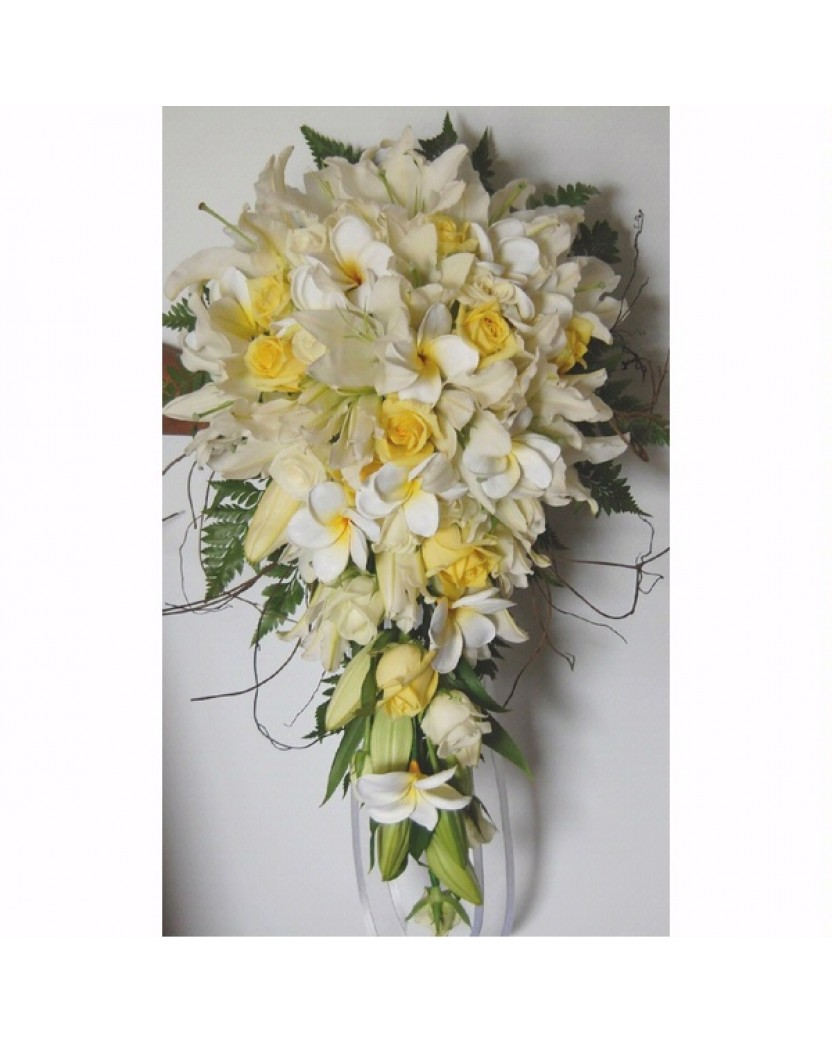Fresh white oriental lilies yellow roses latex frangipani teardrop fresh white oriental lilies yellow roses latex frangipani teardrop bouquet mightylinksfo