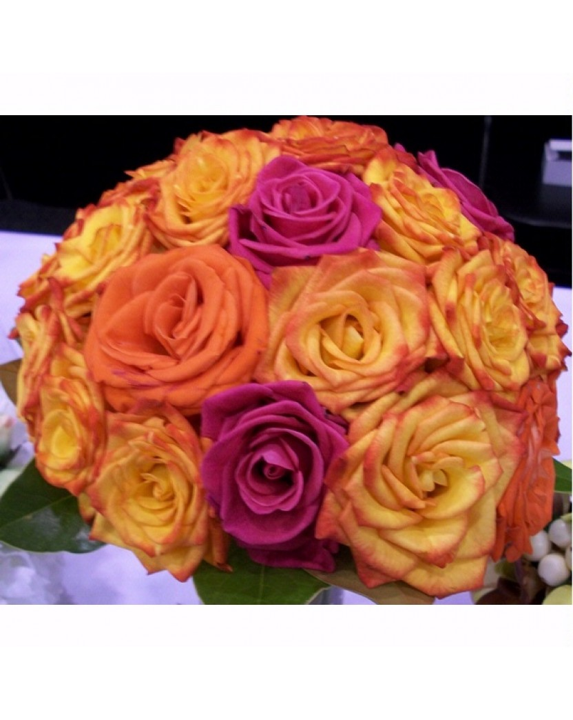 Fresh rose posy large bouquet summer mix colors these for Different color roses bouquet