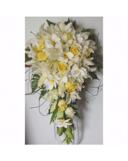 Fresh white oriental lilies yellow roses latex frangipani teardrop bouquet