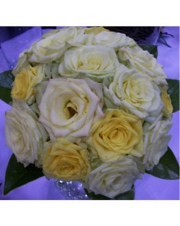 fresh rose bridesmaids posy  bouquet green cream yellow.